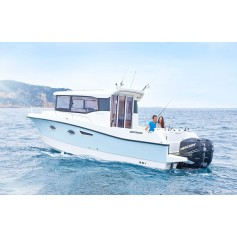 Used 2016 QUICKSILVER 905 Pilothouse with Radar, Air-con & Generator (only used 50 hours)
